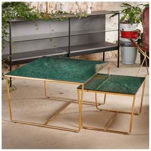 Sada 2 konferenčných stolíkov s podnožím v zlatej farbe a zelenou mramorovou doskou RGE Stella