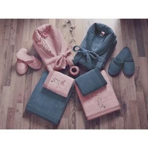 Set dámskeho a pánskeho župana, uterákov, osušiek a dvoch párov papúč v ružovej a modrej farbe Family Bath