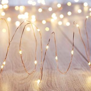 LED svetelná reťaz s diaľkovým ovládaním DecoKing Chain, 100 svetielok, dĺžka 10,3 m