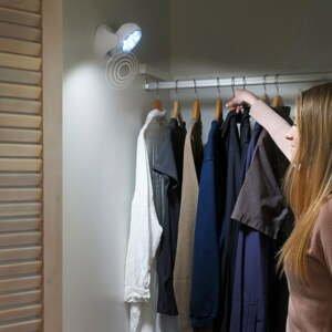 Nástenné LED osvetlenie reagujúce na pohyb InnovaGoods
