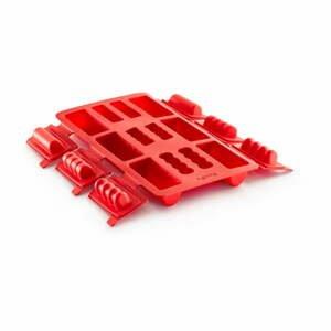 Červená silikónová forma na mini rolády Lékué Square