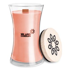 Sviečka zo sójového vosku We Love Candles Rhubarb & Lily, doba horenia 150 hodín