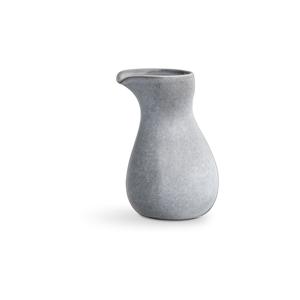 Svetlosivá kameninová nádoba na mlieko Kähler Design Mano, 1 l