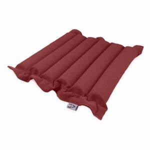 Červený vankúš na sedenie s masážnymi loptičkami Linda Vrňáková Waves, 50 × 50 cm