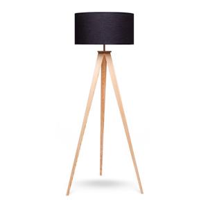 Stojacia lampa s drevenými nohami a čiernym tienidlom loomi.design Karol
