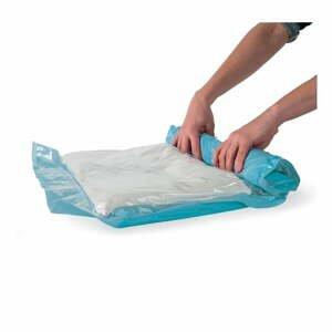 Sada 12 zrolovateľných vakuových úložných obalov na oblečenie Compactor Roll Up Vacuum Bags, 70 x 50 cm