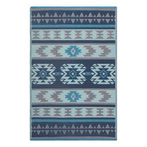 Modrý obojstranný vonkajší koberec z recyklovaného plastu Fab Hab Cusco Blue, 90 x 150 cm