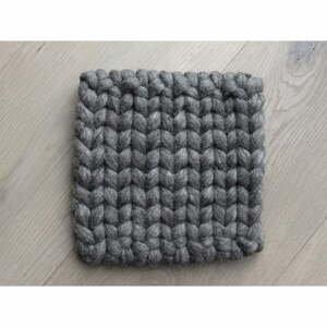 Orechovohnedá pletená podložka pod pohár z vlny Wooldot braider Coaster, 20 x 20 cm