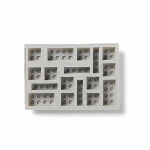 Sivá silikónová forma na ľad v tvare dielika LEGO®