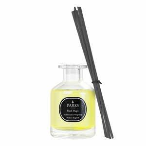 Vonný difuzér s vôňou santalového dreva a Ylang Ylang Parks Candles London, intenzita vône 4 týždne