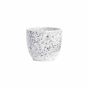 Bielo-čierna kameninová šálka ÅOOMI Mess, 250 ml