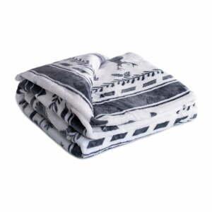 Bielo-čierna mikroplyšová deka My House Christmas, 150 x 200 cm