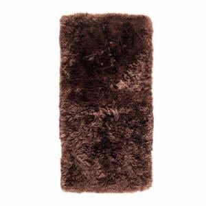 Hnedý koberec z ovčej kožušiny Royal Dream Zealand, 140×70 cm