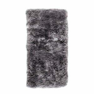 Sivý koberec z ovčej kožušiny Royal Dream Zealand, 140 × 70 cm