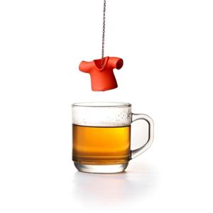 Červené čajové sitko Qualy Tea Shirt