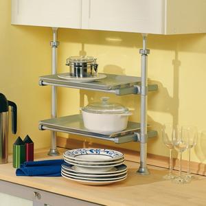 Teleskopická polička do kuchyne