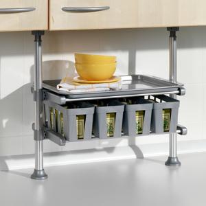 Teleskopická polička do kuchyne s boxami