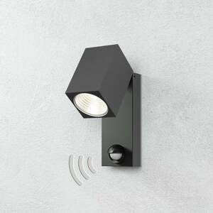 Vonkajšie nástenné svietidlá so senzorom