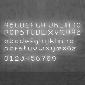 Artemide Artemide Alphabet of Light malé písmeno na stenu e