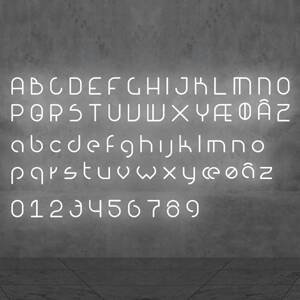 Artemide Artemide Alphabet of Light malé písmeno na stenu v