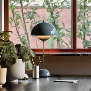 &TRADITION &Tradition Flowerpot VP3 stolná, sivomodrá