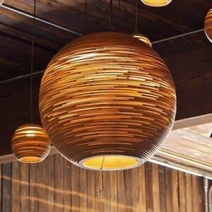 Graypants Lopta – okrúhla kartónová závesná lampa 45cm