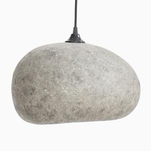 AY ILLUMINATE Závesná lampa Pebble medium z kartónu, sivá