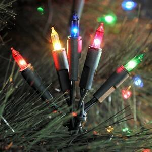 Konstmide CHRISTMAS Farebná svetelná LED reťaz 35-plameňová 6,6m
