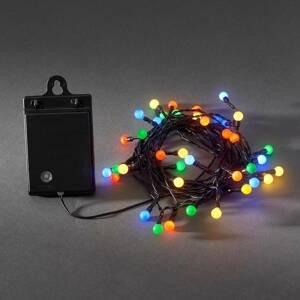 Konstmide CHRISTMAS Farebná vonkajšia LED reťaz 40-pl. RGB, batéria