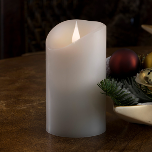 Konstmide CHRISTMAS Živo pôsobiaca LED sviečka Reálny vosk 3D plameň