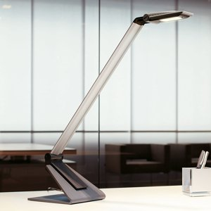 Jakob Maul Moderná LED lampa na písací stôl Solaris