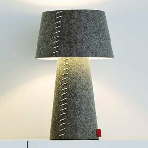 Moree Alice – sivá stolná LED lampa s plsteným plášťom