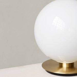 MENU Menu TR Bulb DTW stolná 22cm mosadz/opál lesklá