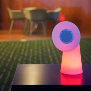 NEWGARDEN Newgarden Pipa stolná LED lampa s reproduktorom