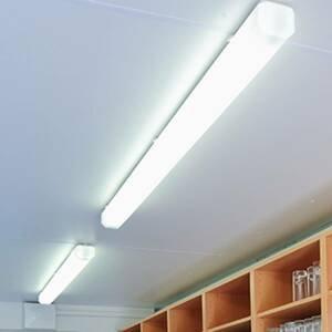 Regiolux Vaňové LED svetlo KLKF/1500 152cm 4000K 6100–4700