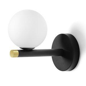 Sforzin Nástenné svietidlo Pomì s bielou sklenenou guľou