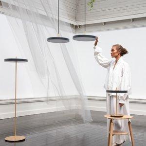 UMAGE UMAGE Asteria floor stojaca LED lampa čierna