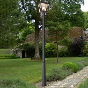 Lucande Stĺpové svietidlo Dunia s čírym tienidlom
