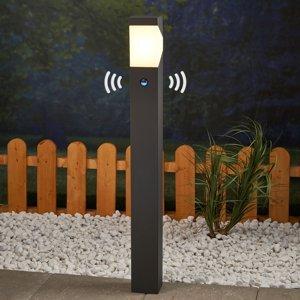 Lucande Chodníková lampa Kiran s detektorom pohybu