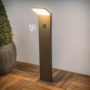 Lucande Grafitovo-sivé chodníkové LED svietidlo Nevio