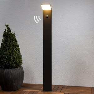Lucande Chodníkové LED svietidlo Nevio s detektorom pohybu