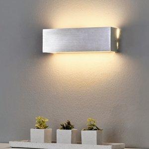 Lindby Hranaté hliníkové nástenné LED svetlo Ranik
