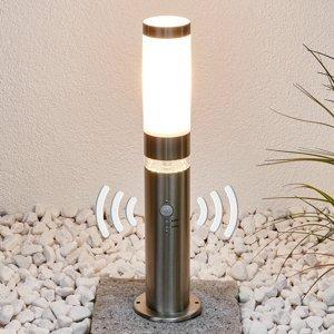 Lindby Oceľové soklové svietidlo Binka so snímačom