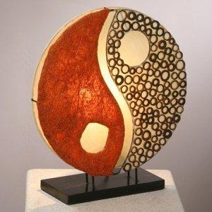 Woru Stolná lampa Ying Yang na drevenom podstavci 33cm